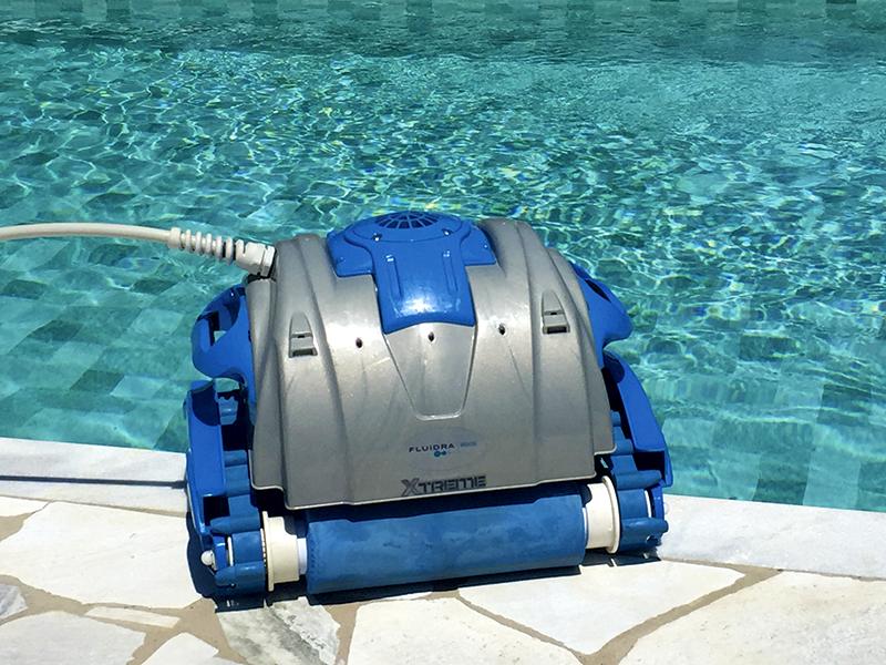 Aspirador autom tico para piscinas aquabot xtreme for Aspirador piscina